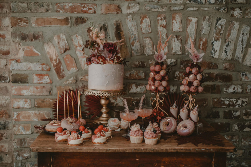 The New Yorker Harbour Club CandyBar by PomPom Cupcakes